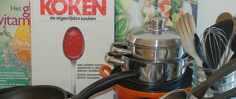 Tweedehands servies en keukengerei kringloopwinkel Lemmer Friesland