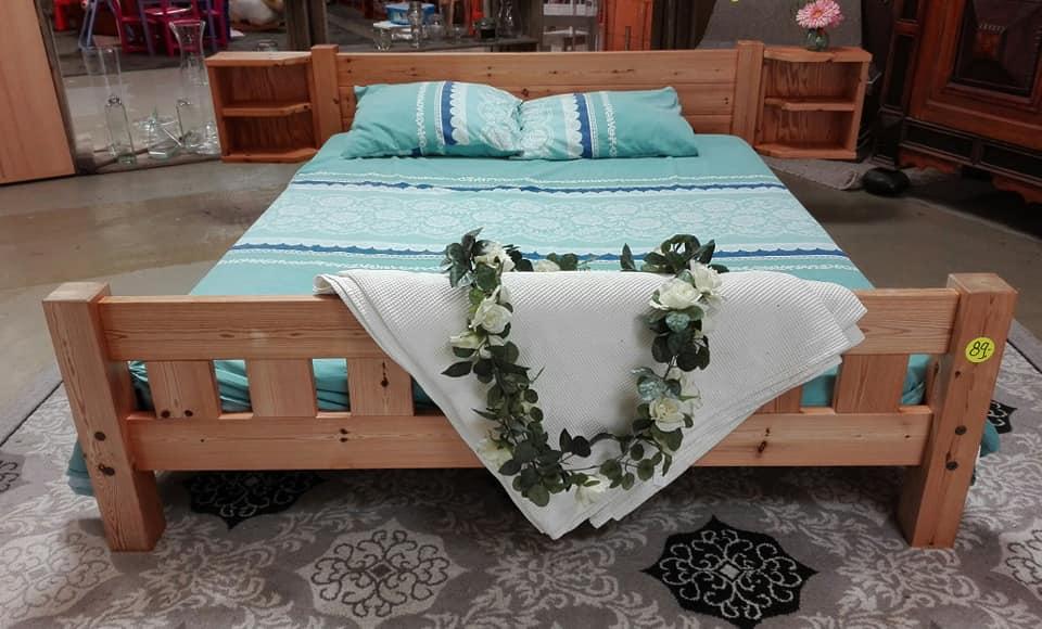 Slapen tweedehands bed