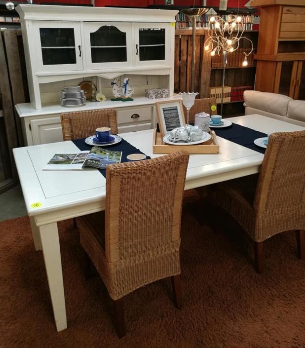 Tweedehands meubels Kringloopwinkel Lemmer Friesland