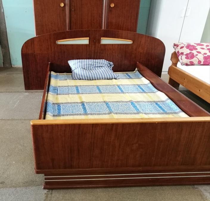 Vintage slaapkamerset kringloopwinkel Friesland Lemmer