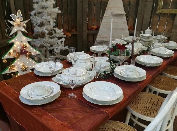 Koken en tafelen antiek servies