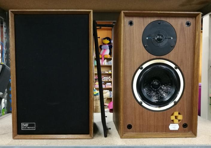 Tweedehands audio, boeken en platen kringloopwinkel Lemmer