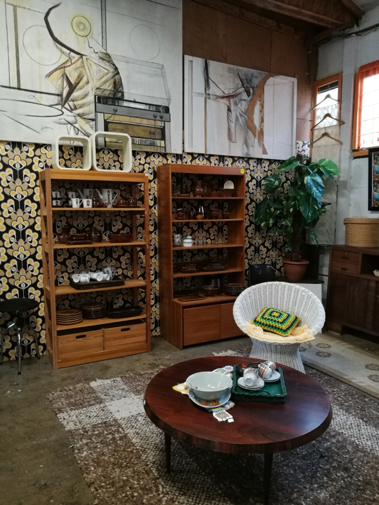 Retro vintage kringloopwinkel Lemmer